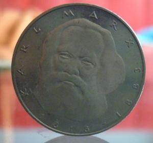 Karl Marx auf DM Münze