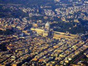 vatikan in rom von oben
