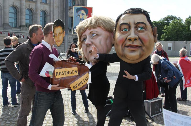 Snowden Merkel Gabriel