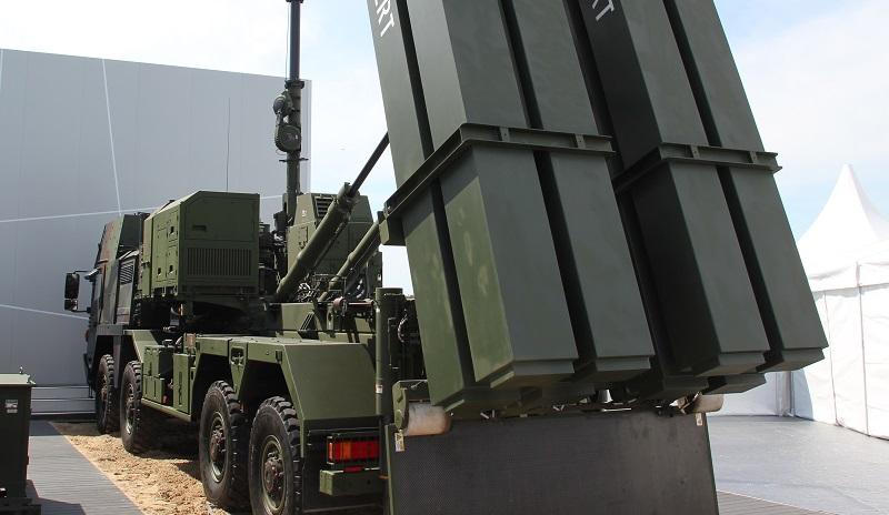 Artillerie Fahrzeug