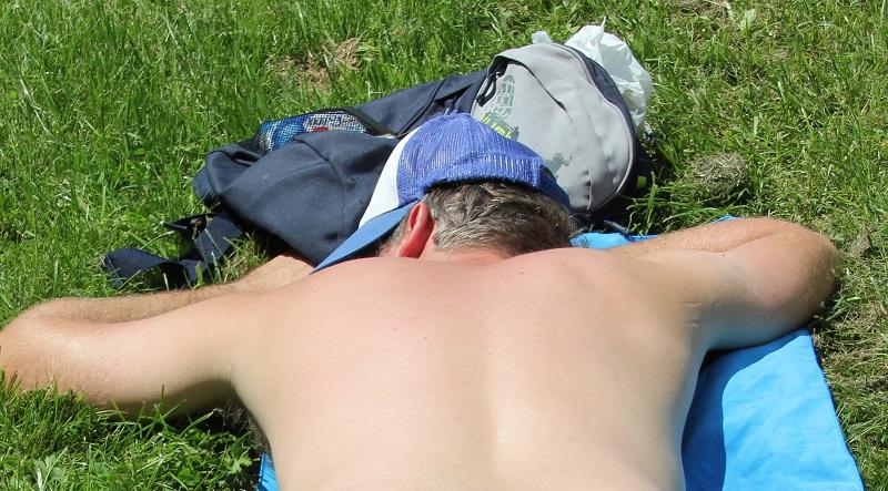 Beim Sonnenbaden