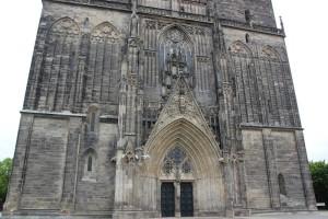 Eingang Magdeburger Dom
