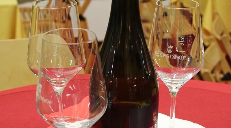 Wein und Glaeser