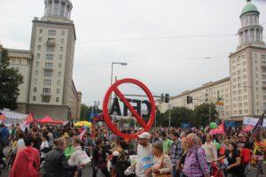 ceta-demo-berlin-symbolisch