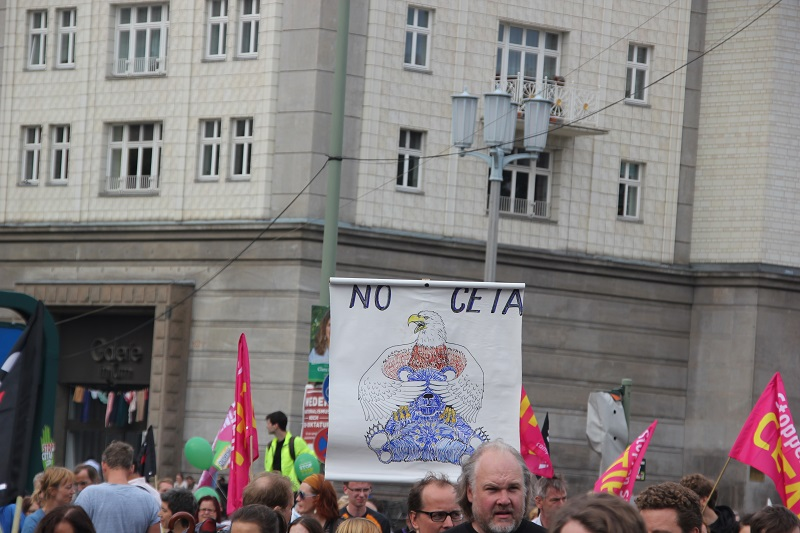 ceta-demo-berlin-us-adler