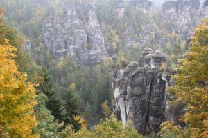 felsen-im-elbsandsteingebirge
