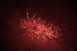 feuerwerk-rot