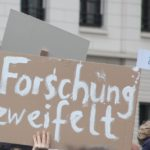 Forschung zweifelt March of Science