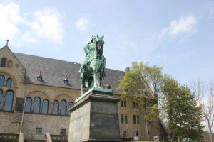 Barbarossa Reiter Kaiserpfalz Goslar