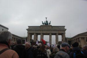 Aufstehen Kundgebung Menschen