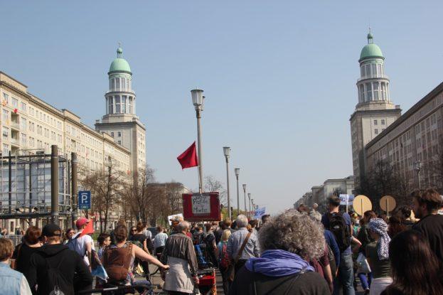 Frankfurter Tor Mietenwahnsinn Demo April 2019